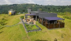 New luxury lodge in fortportal